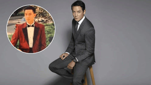 吴彦祖晒18岁青涩旧照,穿西装高贵似王子,31年前就开保时捷