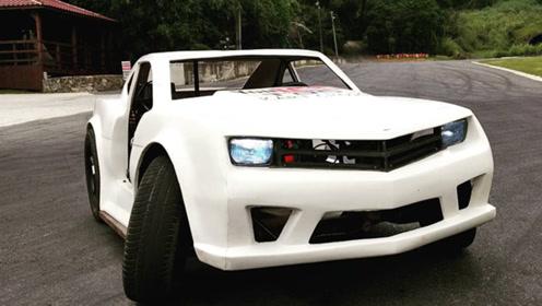 你敢信这是辆科迈罗?小伙打造迷你版,玩具车体型摩托车心脏!