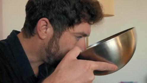 男子患罕见尿崩症,每天要喝50斤水,若不及时补充恐枯竭死亡!