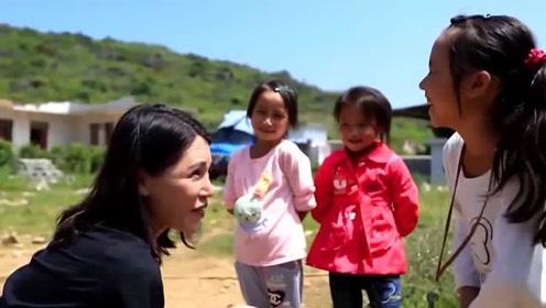 她是赵薇黄晓明的大学班长,为了五个冻死的孩子,永远退出娱乐圈