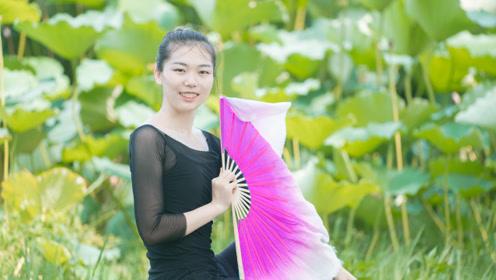 中国舞《南山南》,跟着民谣,舞出心中远方的故事