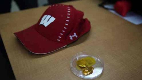 华人科学家发明生发帽:自发电刺激,效果完胜用药