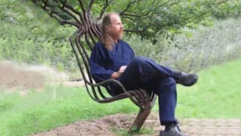 """大叔花10年时间,""""养""""出400把椅子!一把25万抢售一空!"""