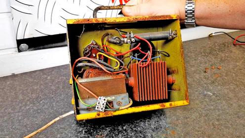 翻新1950年电池充电器,这么经久耐用,质量很过硬啊