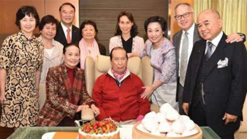 传奇赌王98岁不愿离开人世,花天价药费续命,背后原因让人心酸