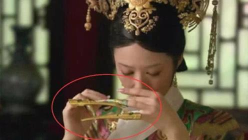 清朝妃子指甲那么长,要怎么侍寝和上厕所?看完感觉智商被碾压