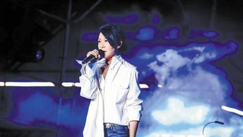 刘若英上海获赠大闸蟹 笑称粉丝让自己感觉非常红