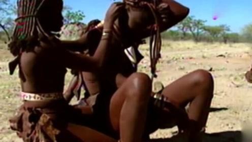 神秘非洲部落,女人生孩子宛如下蛋?这种方式让人实在无法接受