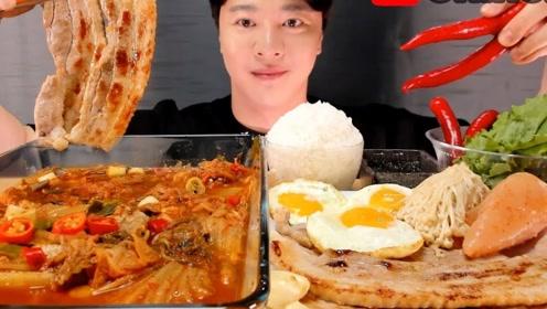 帅气的韩国小哥哥,这样的吃法,简直让人直流口水