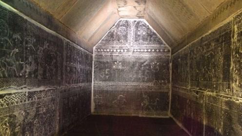 不足三平米的寒酸墓室,出土200件国宝级文物,墓主身份让人吃惊