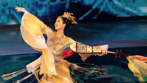 """""""新疆四美""""舞蹈合集!佟丽娅仙气飘飘,哪里来的小仙女?"""