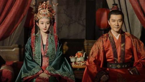 冯绍峰傍晚接机赵丽颖,宠爱十足,一个点明白他为什么娶颖宝了!