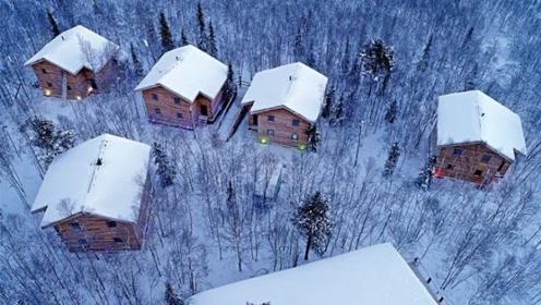赴俄罗斯旅游时,遇见小木屋可别进,不然进去就出不来了