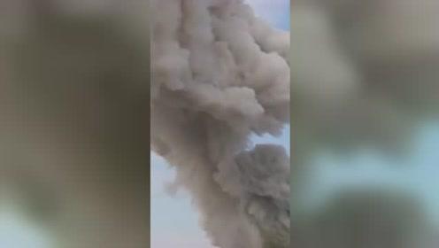 突发!吉林珲春一污水处理厂爆炸,现场砰砰声不断,浓烟数十米高