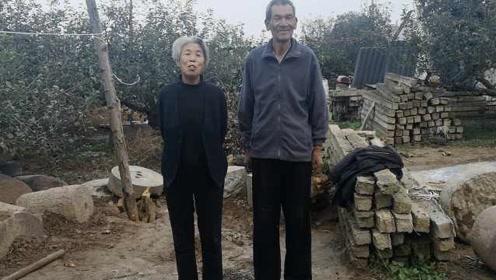 """7旬农民身高超2米被叫""""姚明"""",老伴1米85:为养家拒了体校"""