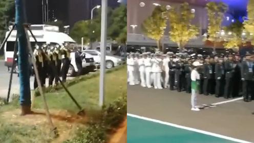 军警互动!军运会场馆外武汉警花向中国军人敬礼 网友:英雄惜英雄