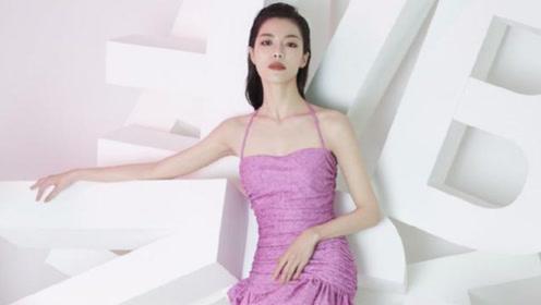 钟楚曦登杂志封面,穿紫色挂脖超短裙尽显苗条身姿,这腿太出挑了