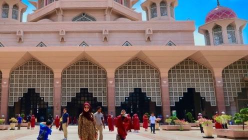 马来西亚最大清真寺,占地面积5.5公顷,画面看的少女心泛滥!