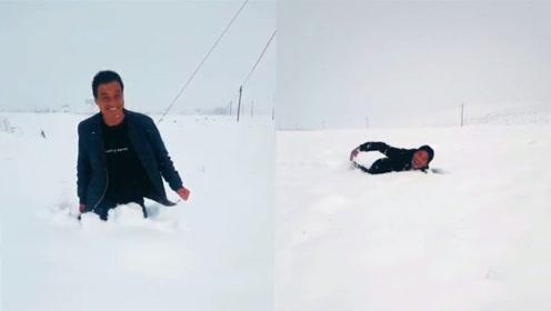 美如画!青海祁连迎来首场降雪,雪深齐腰仿佛置身童话世界