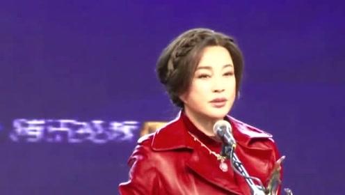 曾经历4次婚姻却无一子?刘晓庆说出实情,成了一生的痛