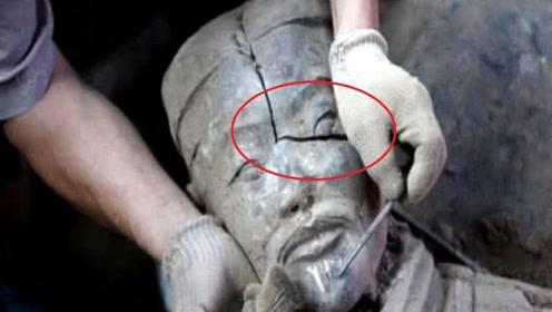 秦始皇兵马俑是真人烧成?一个裂开的兵马俑,专家揭开谜团