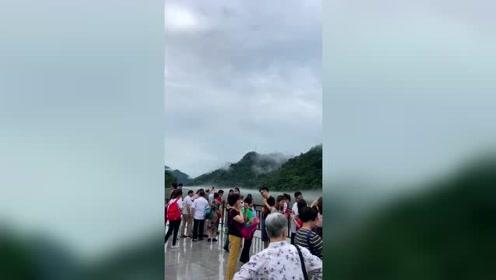 """雾漫小东江、雄伟的东江大坝,素有""""东方瑞士""""美称的东江湖!"""