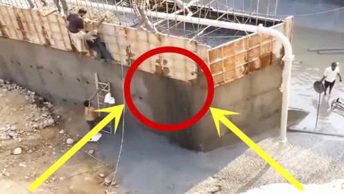 """看到水泥泄露,工人赶紧用袋子堵,下秒才知是""""杯水车薪""""!"""