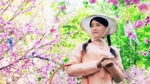 李易峰穿女装探望杨幂,画面真的太美了,真的挺撩人