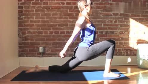 练瑜伽也能瘦身,爱美的女生赶紧学学!
