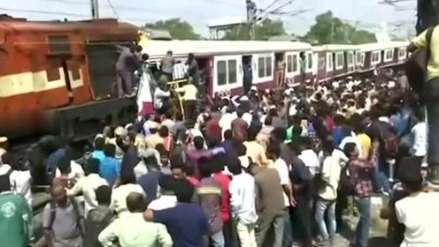印度海得拉巴两列火车在站台相撞 造成多人受伤