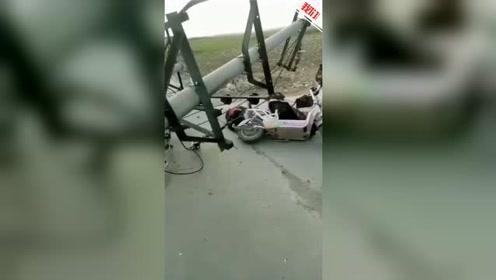 保定6级风吹断电线杆砸死一女子 死者弟弟:线杆可能老化了