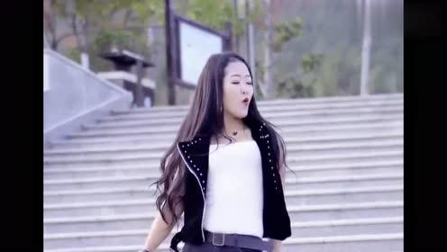 女歌手一曲DJ《野花香》,节奏动感十足,越听越喜欢!