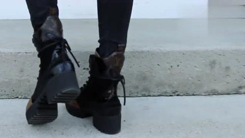 素人女孩如何改造?白色背心加深色牛仔裤搭配马丁靴,长发美女穿搭霸气十足