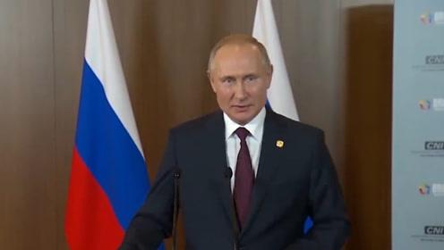 普京:如果特朗普应邀来参加俄罗斯胜利日活动 我们会在莫斯科会谈