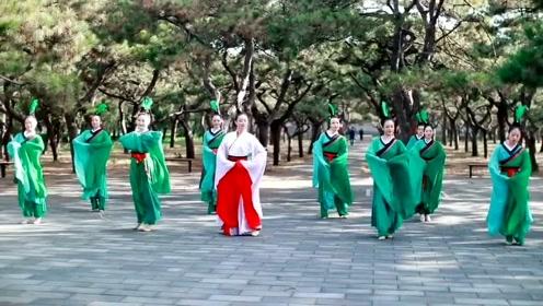 舞者们穿上汉服舞一曲《礼仪之邦》,网友:这才是汉唐美!
