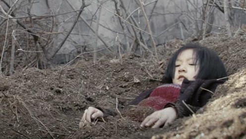 """9岁女孩被送进孤儿院!最后选择""""活埋""""自己,一部剧情励志片"""
