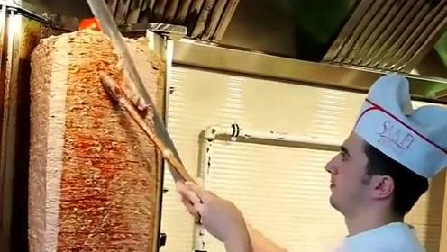 兰州拉面战略合作伙伴,这切肉的技术堪称一流,不得不佩服!
