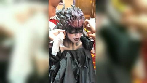拍摄神话剧,妖怪在化妆