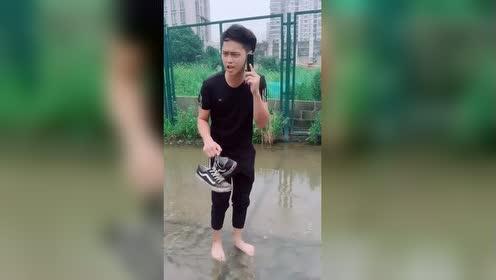 怎么天天下雨东海龙王电话是多少!