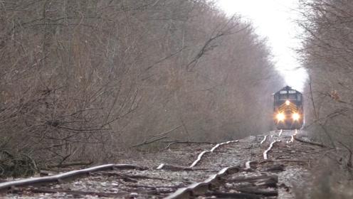 欧美国家的火车轨道,崎岖不平如同泡面,火车依旧能在上方开