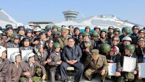 铿锵女主播又来了!朝鲜空军最先进战机演习 金正恩现场观摩
