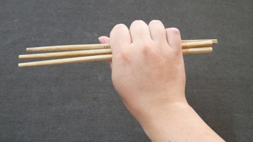 旧筷子以后不要扔掉了,绑一条绳子挂在房间,全家人都抢着用!