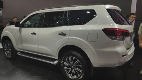 起售价16.98万,降后15万起,车长4882mm中型SUV