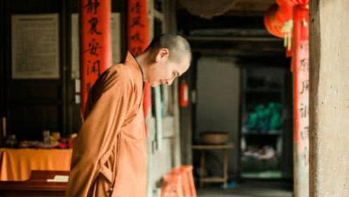 中国最帅和尚,因颜值引无数游客前去一睹容颜,网友:还俗吗?我等你!