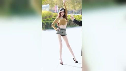 这身材真绝了!肤白貌美大长腿,这个小姐姐有点美!