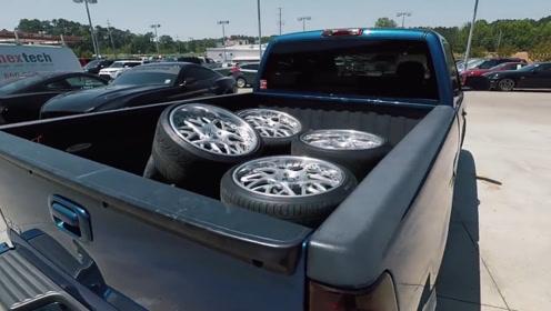 4S店偷换豪车轮胎,小哥以牙还牙,警察叔叔的举动让人看着解气