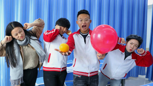 学生上实验课,如何不碰气球使气球爆炸,不料学渣用橙子皮搞定