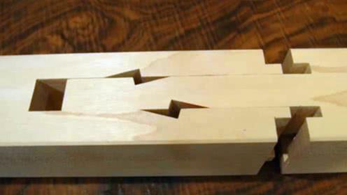 中国榫卯结构有多牛?老师傅不用一根钉子,将木头完美连接起来!