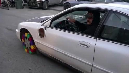 国外小伙用乐高积木做轮胎,效果还不错,监控拍下全过程!