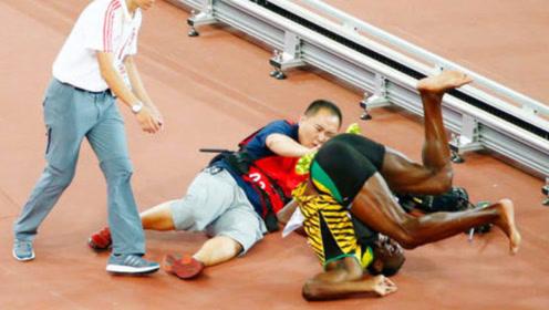 真的阴沟里翻船啊!博尔特跑赢了全世界,竟然输给了中国摄影师